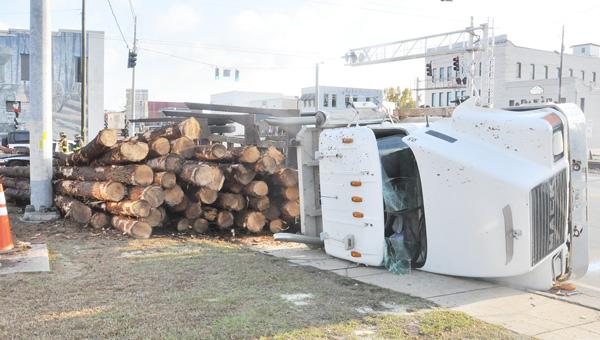 120413 log truck